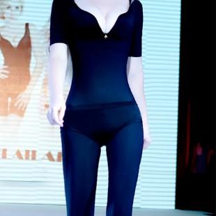 佩�尚魅(PETAL_CHAUMET)私人定制能量�w雕半袖�L��B�w塑身衣黑色 XL